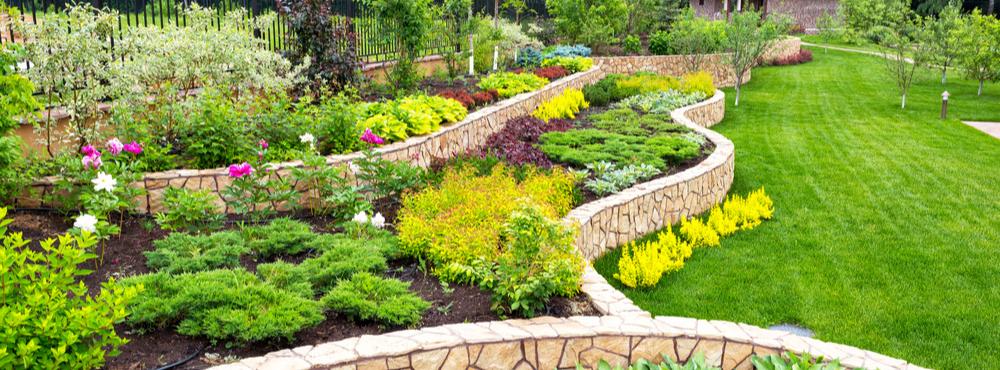 How to Make a Great Landscaping Website: Explain What You Do - Lakeland Landscaper Website